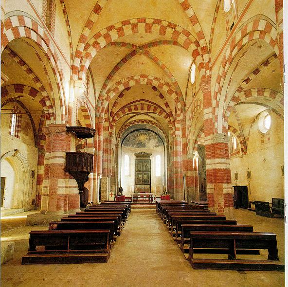 Un gioiello cistercense l abbazia di staffarda for Antica finestra a tre aperture